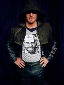 Stephen Amell wearing Represent shirt raising money for Cancer Charity.